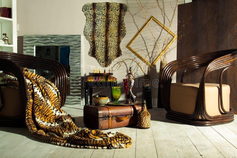 在Provencal样式的内部:家具和装饰 免版税库存照片