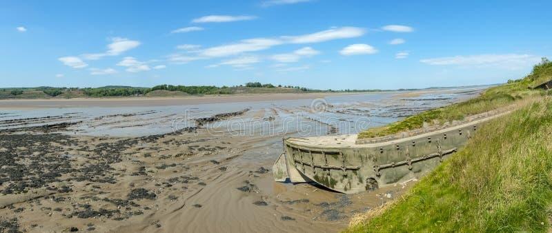 在Purton废船的历史的感潮河银行侵蚀保护计划,格洛斯特郡,英国 免版税库存照片