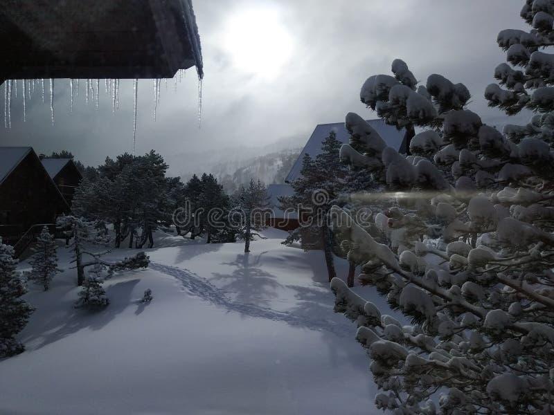 在Pyrennes的结冰的寒冷 库存图片