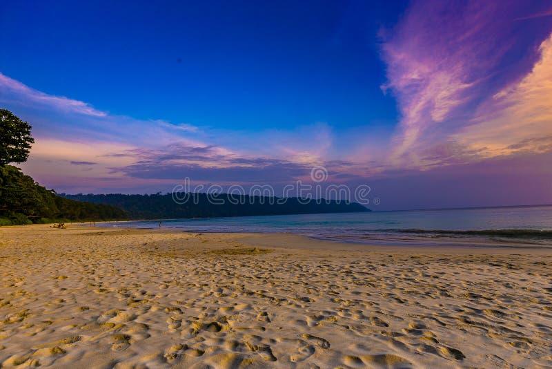 在Radhanagar海滩havelock的日落 库存图片