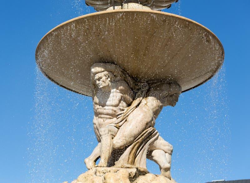 在Residentplatz的巴洛克式的住所喷泉在萨尔茨堡 免版税库存照片