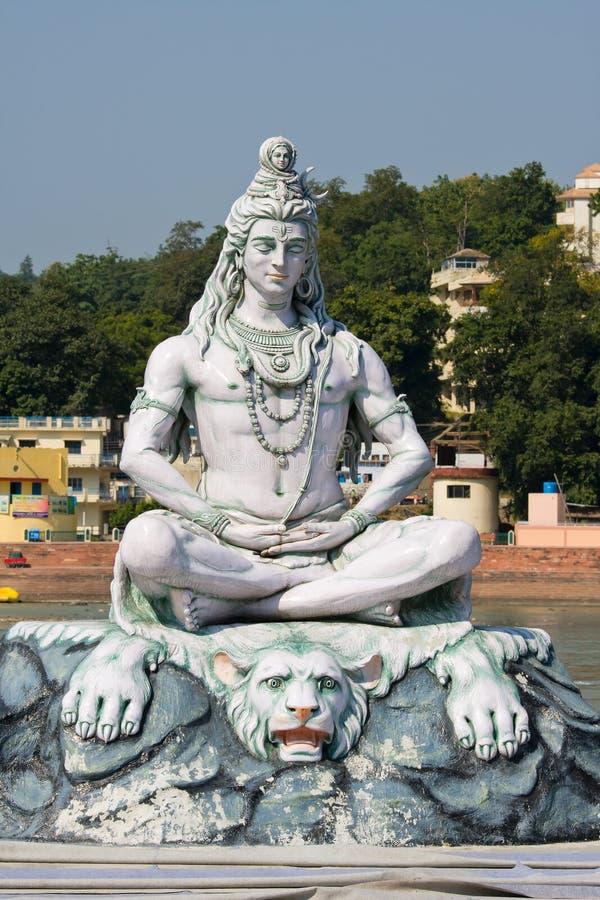 在Rishikesh的Shiva雕象,印度 库存照片