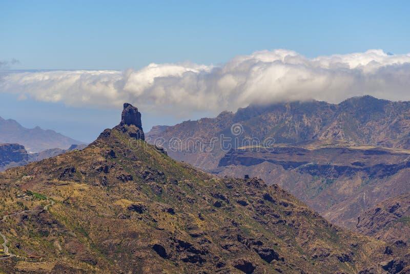 在Roque de Bentayga,大加那利岛的看法 图库摄影