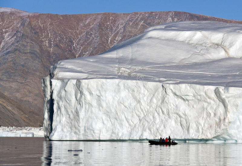 在Scoresbysund的冰山在格陵兰 库存照片