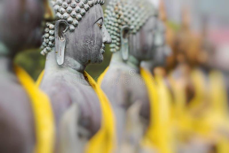 在Seema Malaka寺庙,科伦坡,斯里兰卡的菩萨雕象 选择聚焦 免版税库存照片