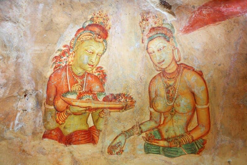 在Sigirya寺庙的石洞壁画 免版税库存图片
