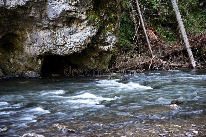 在Slovensky拉杰的河流程 图库摄影