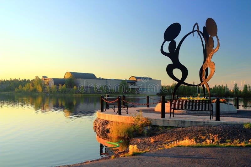 在Sombe K& x27的雕象; e公园和公民广场有威尔士亲王北遗产中心的,耶洛奈夫 库存图片
