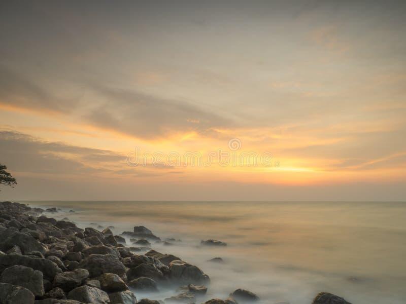 在stoney海岸的早晨光 库存图片