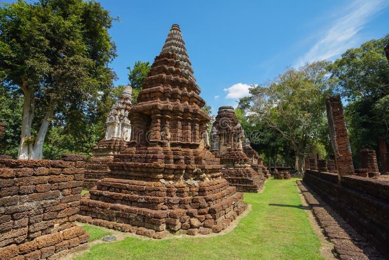 在Sukhothai省,泰国的Wat Jedi Jed Teaw寺庙 免版税库存照片