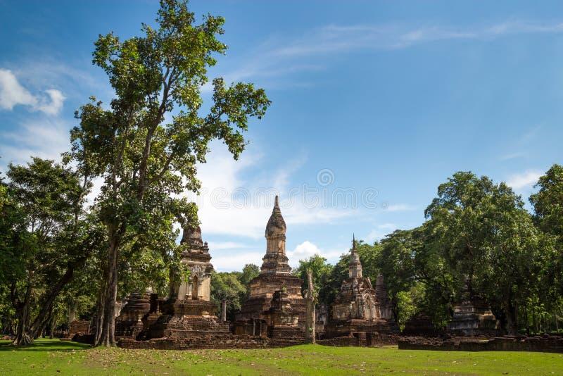 在Sukhothai省,泰国的Wat Jedi Jed Teaw寺庙 免版税图库摄影