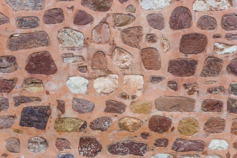 在Sultanhani商队投宿的旅舍的墙壁 库存图片