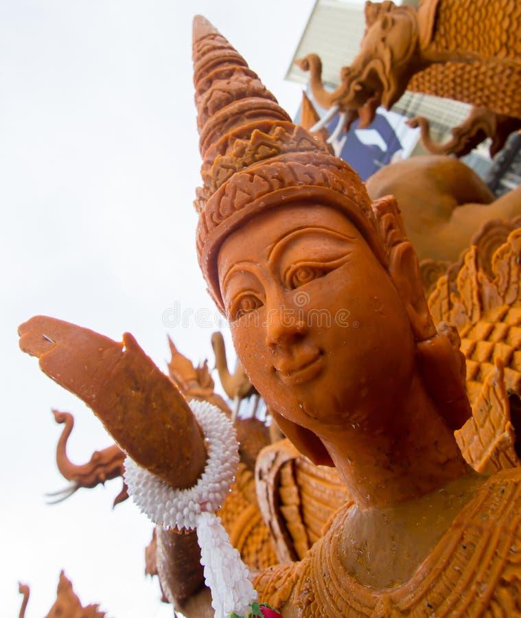 在Suranaree纪念碑的每年被借的蜡烛节日2559 库存图片