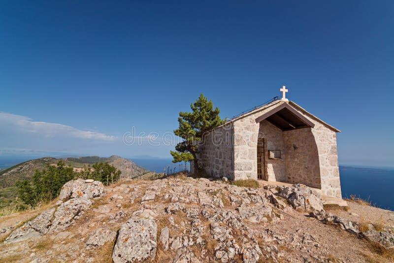 在sveti科列夫登上上面的老石教堂  免版税库存照片