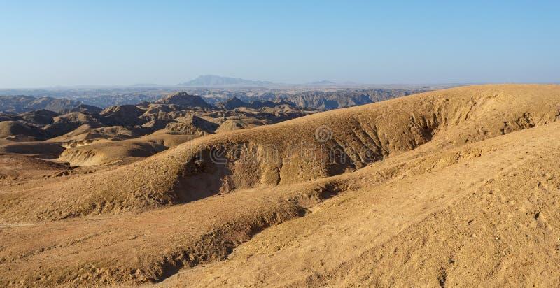 在Swakopmud附近的纳米比亚moonscape 免版税库存图片