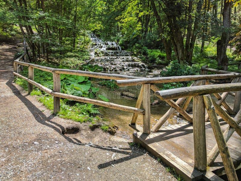 在Szalajka谷,匈牙利的面纱瀑布 免版税库存图片