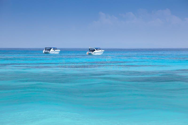在Tacai海岛,泰国的美丽的海滩 免版税图库摄影