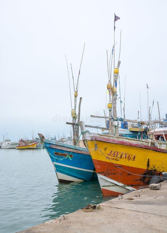 在Tangalle口岸的渔船 库存照片