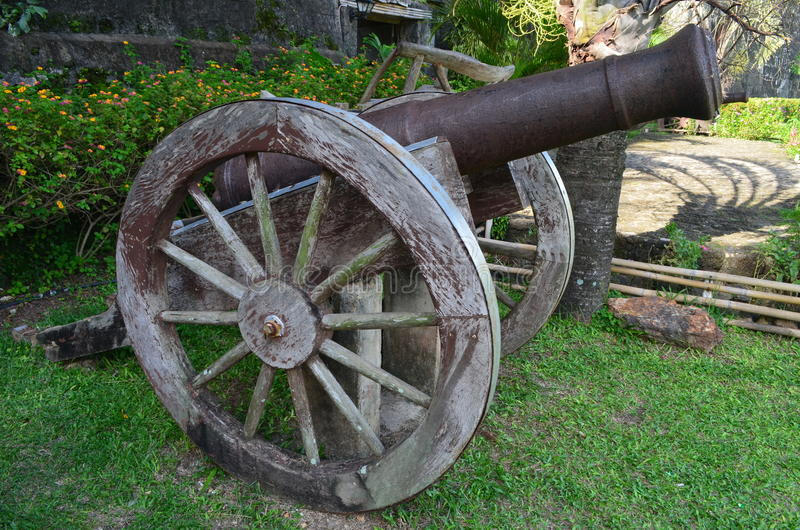 在Taytay, Palawan的大炮 免版税图库摄影