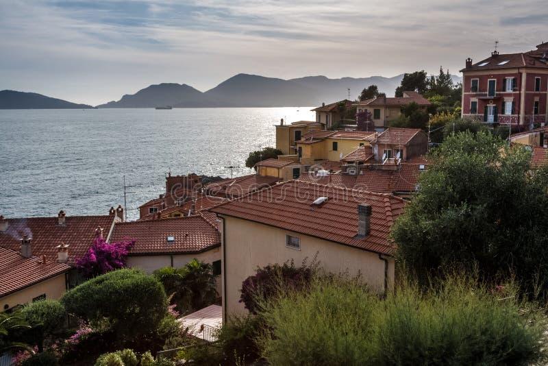 在Tellaro的日落在意大利 库存图片