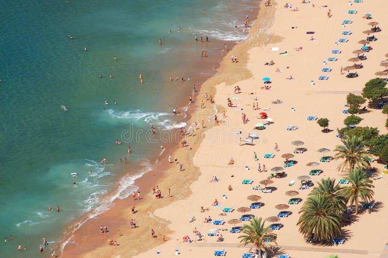 在Teresitas海滩的美丽如画的出色的意见在特内里费岛海岛上 库存照片