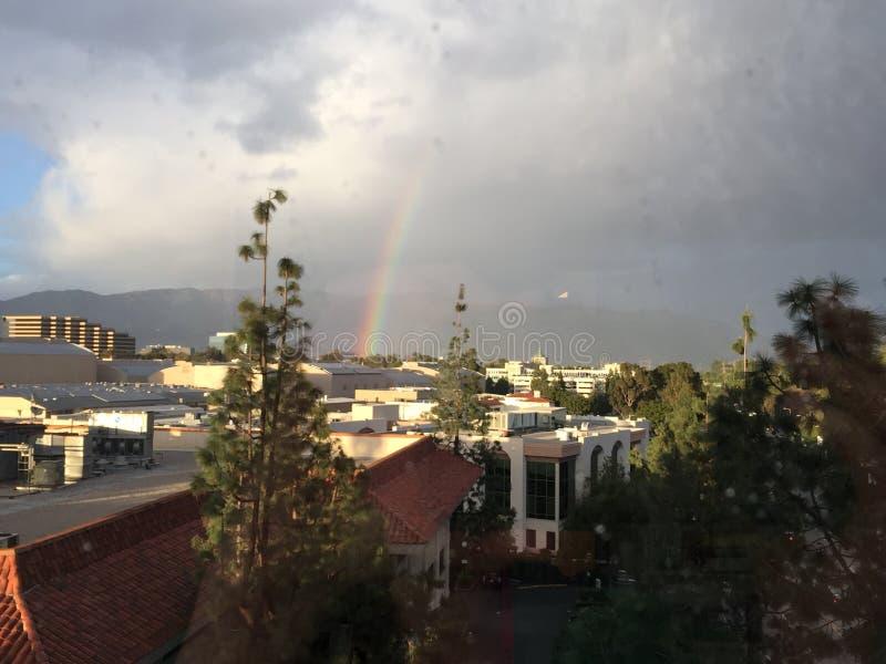 在Tinseltown -柏本克加利福尼亚的彩虹 免版税库存照片