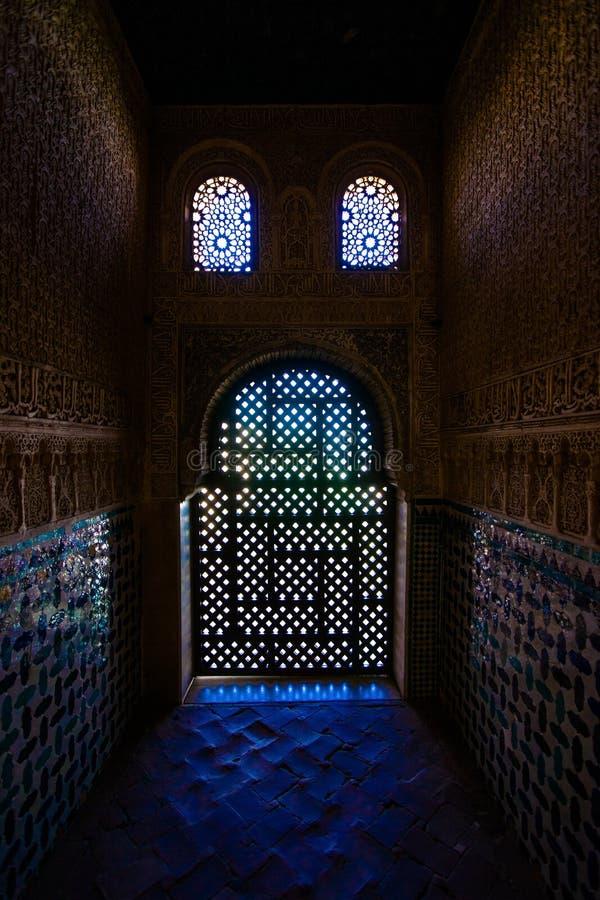 在Torre de Cemares里面的美妙的光 免版税库存图片