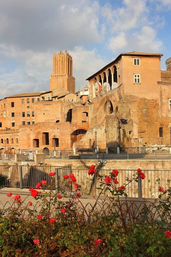 在Trajan论坛,罗马,意大利的古老废墟 免版税库存图片