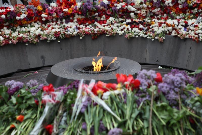 在Tsitsernakaberd小山的亚美尼亚种族灭绝纪念复合体在耶烈万,亚美尼亚 免版税库存图片
