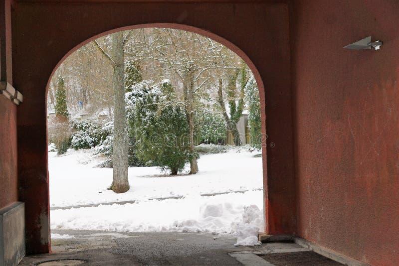 在tuttlingen的火葬场大厦 库存图片