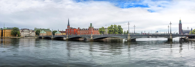 在Vasabron桥梁的全景,斯德哥尔摩,瑞典 免版税库存照片