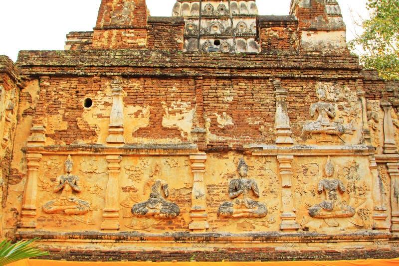 在Wat Jed Yod,清迈,泰国的菩萨图象 免版税库存照片