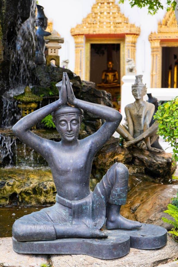在Wat Pho或Wat Phra Chetuphon Vimolmangklararm拉杰的雕象 免版税库存图片
