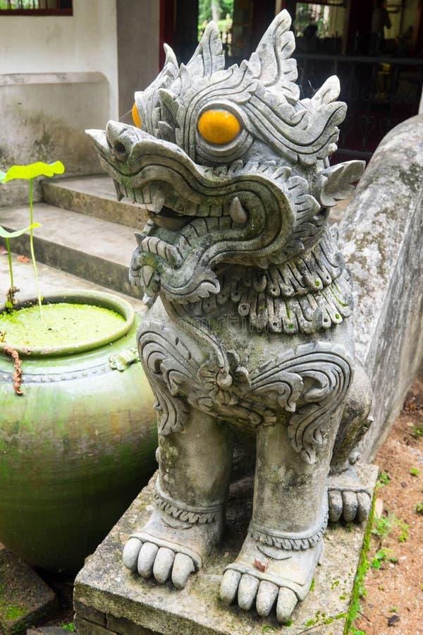 在WAT/Stucco的膏药雕象唱泰国兰纳/张Mai/艺术,美好 免版税库存图片