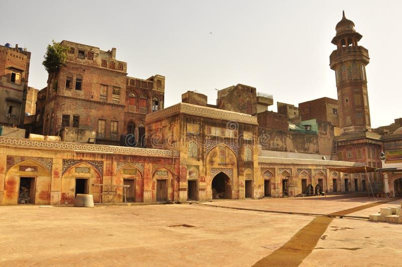 在Wazir可汗清真寺拉合尔,巴基斯坦的日落 免版税库存照片