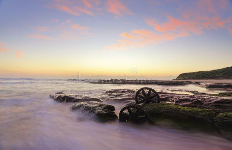 在Windang海滩的日出 库存图片