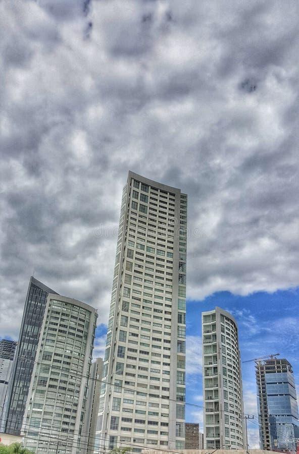 在zapopan的大厦 免版税图库摄影
