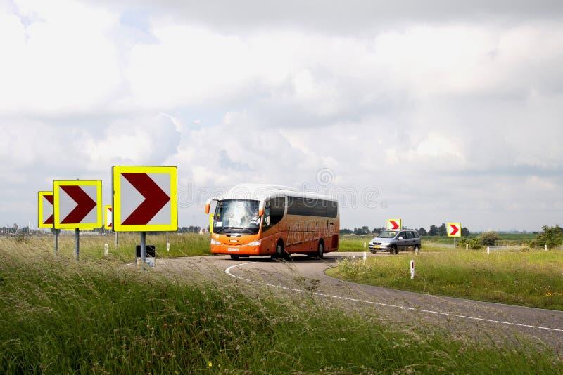 在Zeedijk的公共汽车 免版税库存图片
