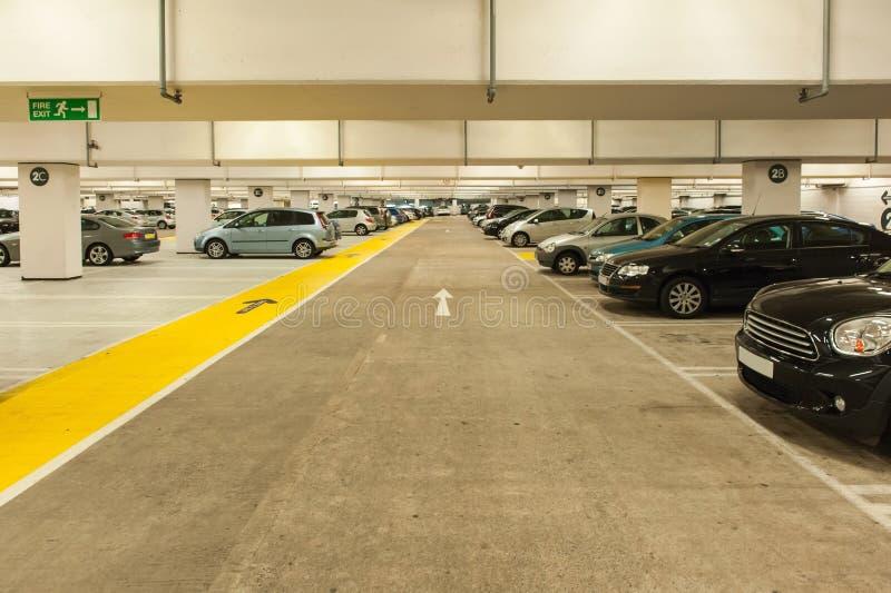 地下停车处 免版税库存照片