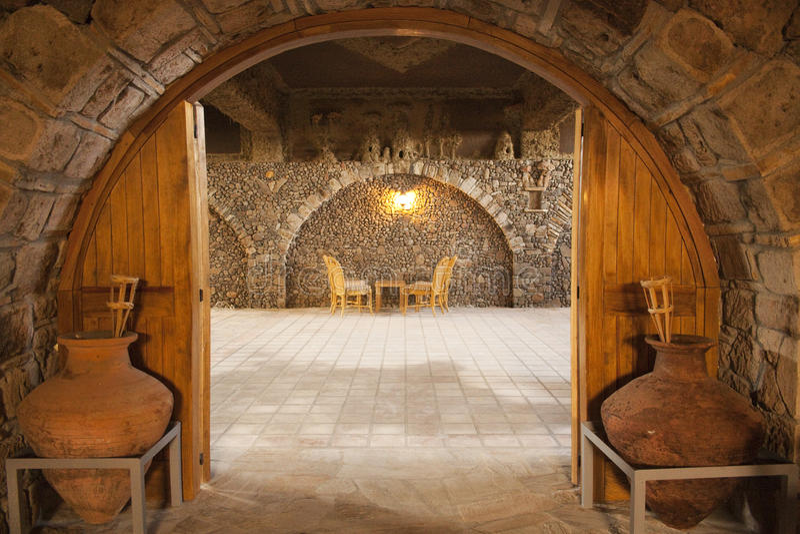 地下室mahzen餐馆 免版税图库摄影
