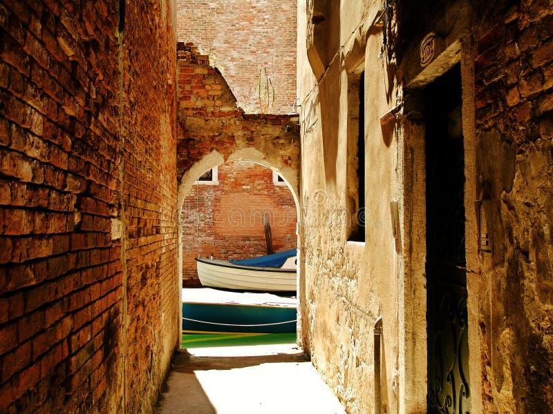 地下过道威尼斯 免版税库存图片