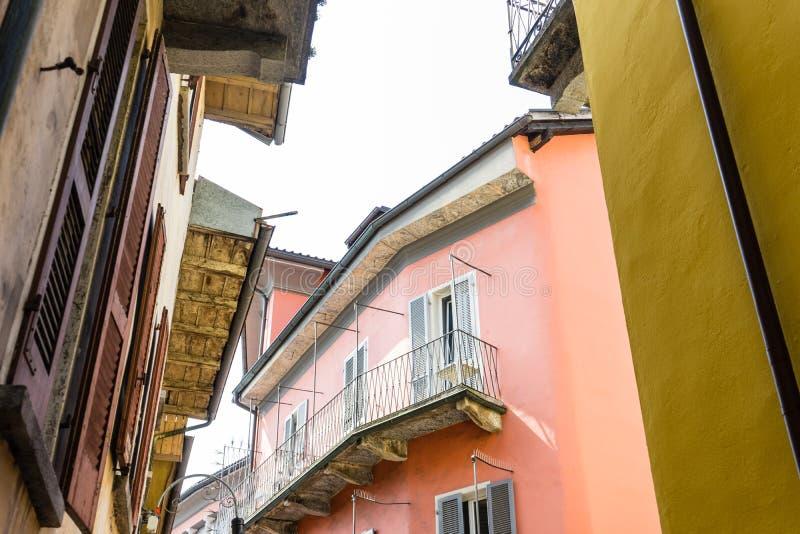 地中海房子老建筑学设计结构 免版税库存照片
