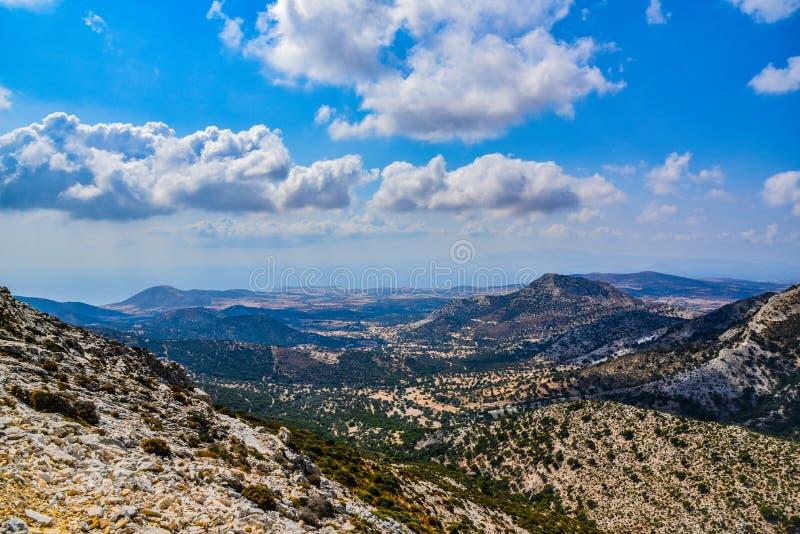地中海海岛纳克索斯的风景的出色的意见在希腊 库存图片