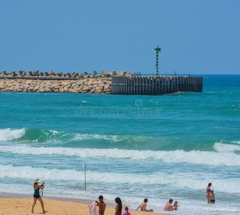 地中海海滩亚实基伦在亚实基伦,以色列 图库摄影