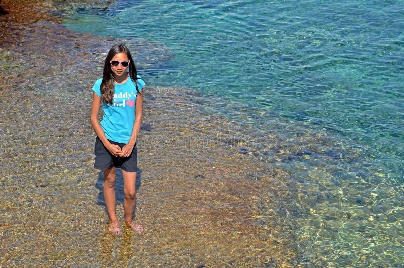 地中海的女孩 免版税库存照片