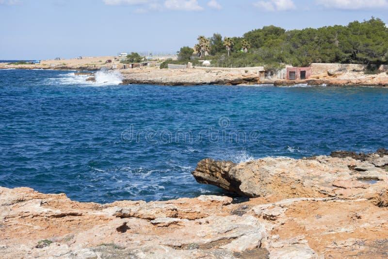 地中海,沿海看法,岩层, Sant安东尼 库存照片