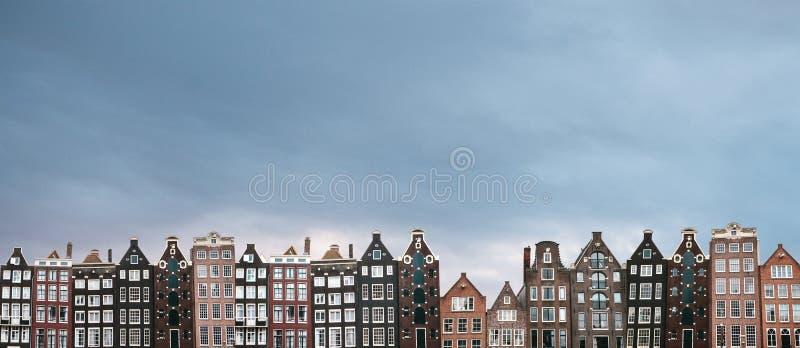 地区莫斯科一幅全景 传统房子在阿姆斯特丹在荷兰 免版税图库摄影