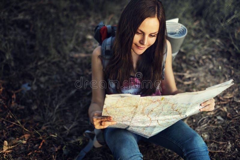 地图方向旅途旅行癖探索路线概念 免版税库存图片