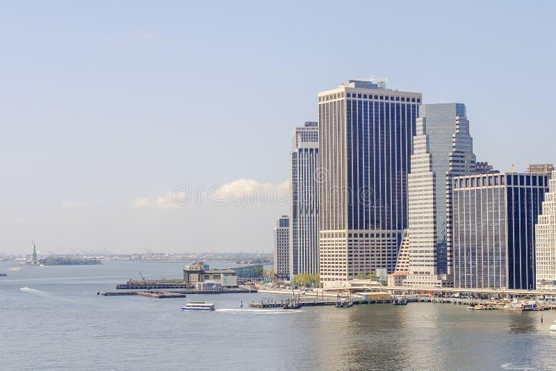 地平线曼哈顿和自由女神象 免版税库存图片