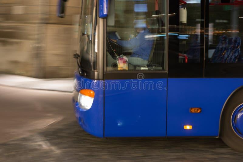 地方公共交通工具在历史市oc的南德国 免版税库存照片